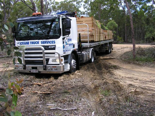 Brisbane crane truck negotiating a site access issue