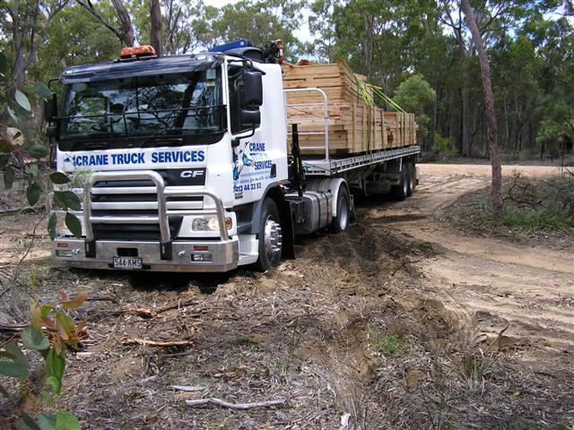 Brisbane crane truck negotiating a site access issue